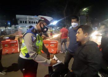 Gambar Razia Kendaraan, Polres Serang Kota Polda Banten Amankan 1 Unit R4 dan 25 Unit R2 1