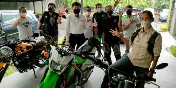 Gambar 4 Unit Kawasaki Siap Meluncur Bersama Tim Jelajah Kebangsaan Wartawan 5