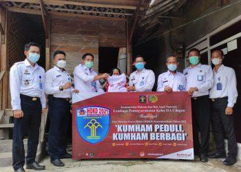 Gambar Door to Door, Lapas Cilegon Sukseskan Program Kumham Berbagi 7