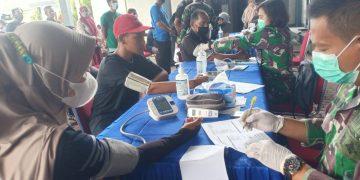 Gambar TNI AL Banten Tetap Semangat Lakukan Vaksinasi Covid-19 Bagi Masyarakat Sekitar Pesisir Mako Lanal Banten 3