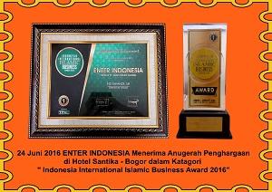 11-.Anugerah-Penghargaan-di-hotel-santika-bogor-kategori-indonesia-internasional-islamic-business-award-2016-copy