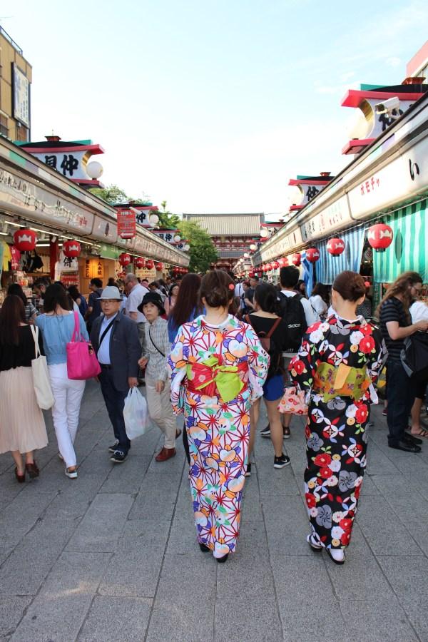 Women in Kimonos on Nakemisa Street