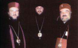 Episcopul Vladimir cu un grup de arhierei din România