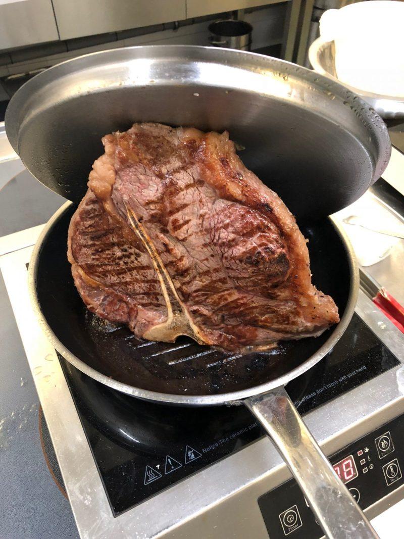 Jak udělat T-Bone steak, resp. jakýkoliv steak s kostí