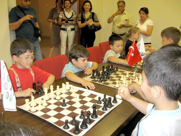 5. Okul Öncesi Eğitim Şenlikleri Satranç yarışması yapıldı