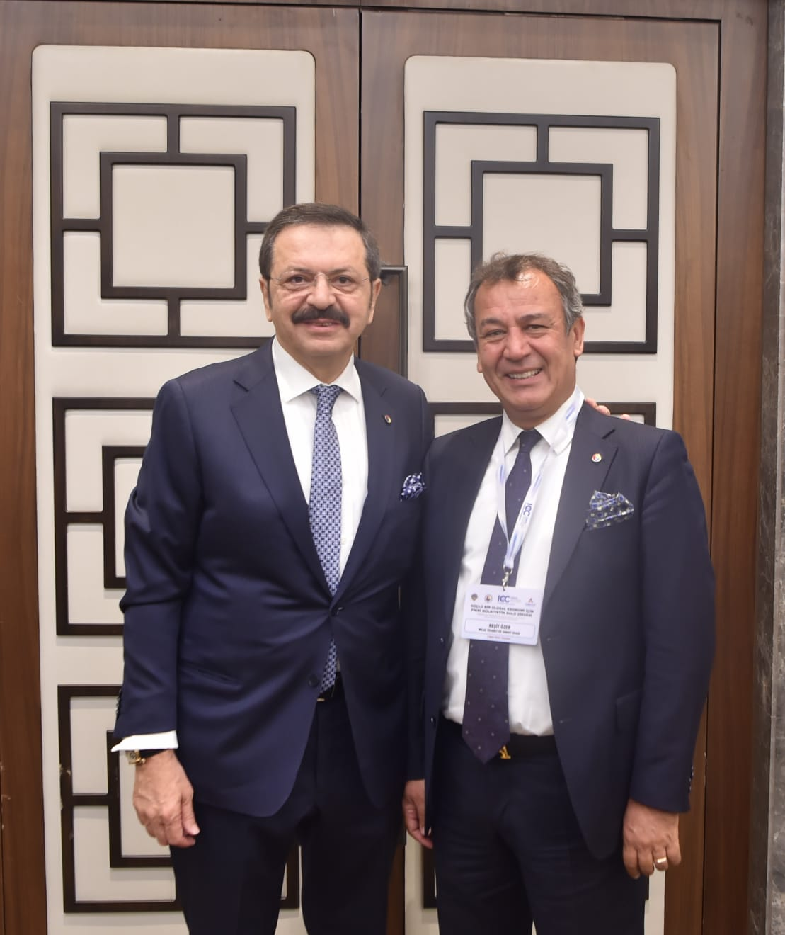 TOBB'nin Dış İlişkiler Komisyonu Raportör üyesi Reşit Özer de katıldı. INCOTERMS 2020 MENA BÖLGESİ AÇILIŞ ZİRVESİ İSTANBUL'DA YAPILDI