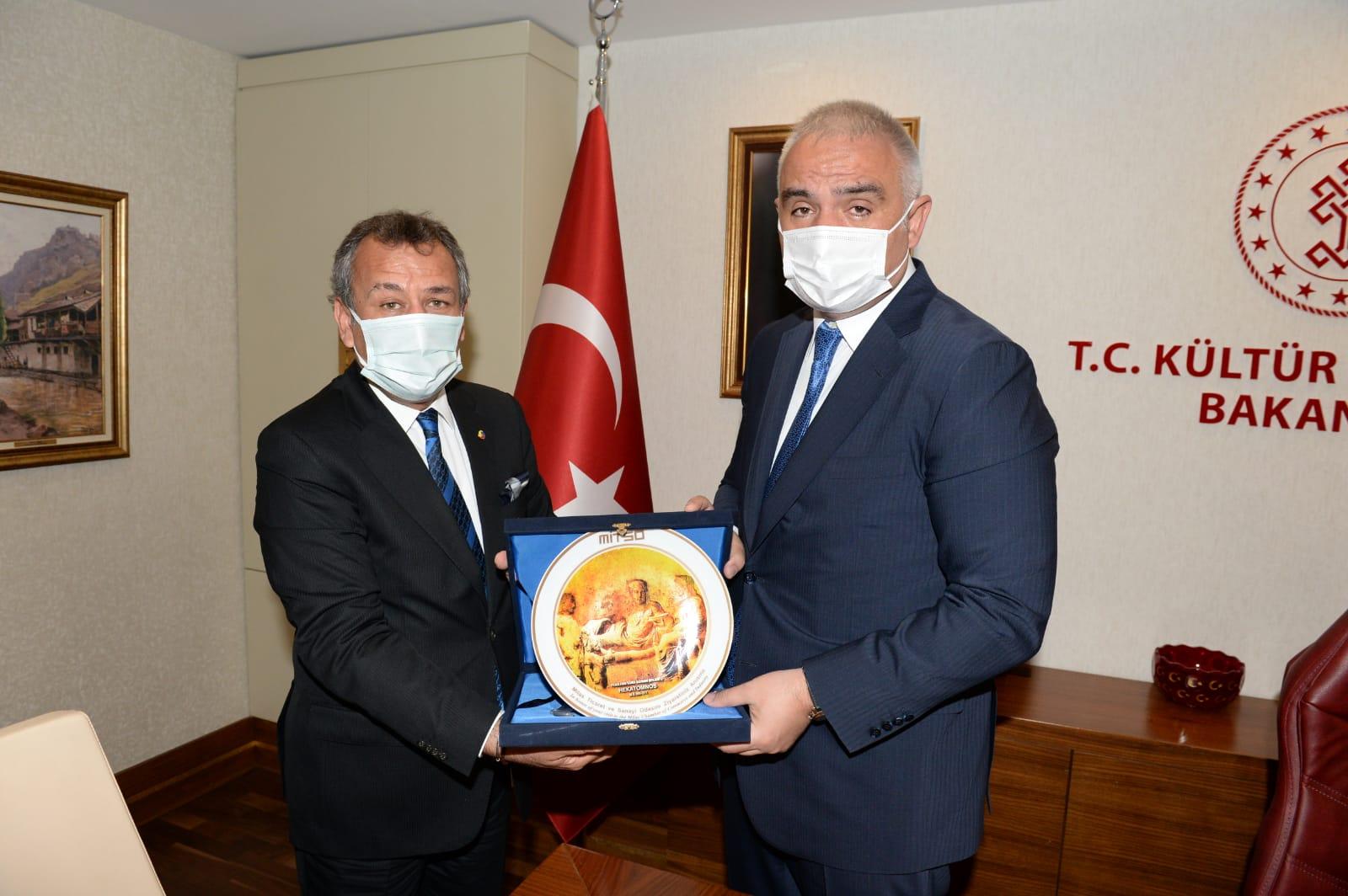 """Muğla Borsası ve Odaları Kültür ve Turizm Bakanı M. Nuri Ersoy'u ziyaret ettiler. """"TURİZME VE EĞLENCE SEKTÖRÜNE DESTEK, MİLAS'A YENİ MÜZE"""""""