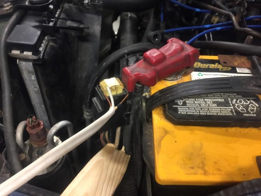 medium resolution of  2002 montero sport 3 5l engine removal fuel pump relay jumper