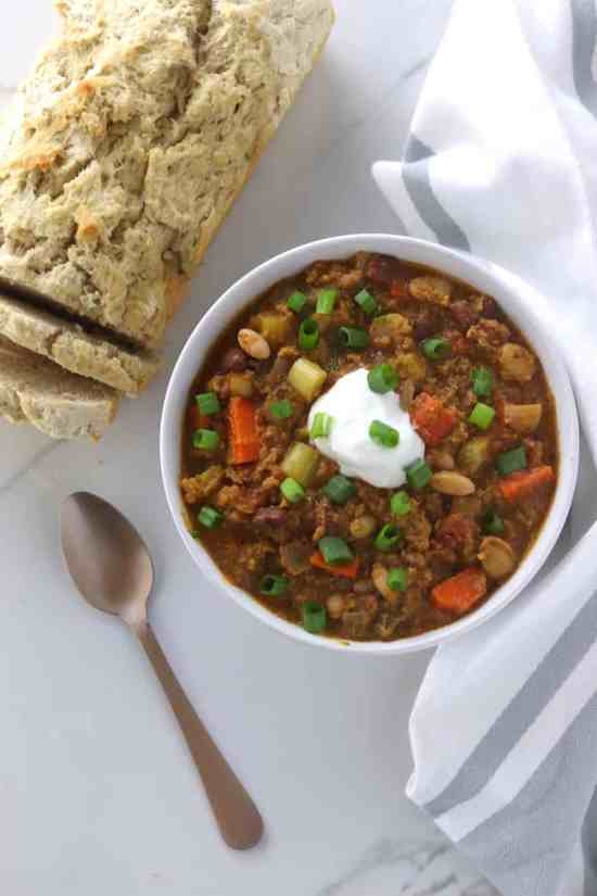 Crockpot Pumpkin Turkey Chili served with beer bread