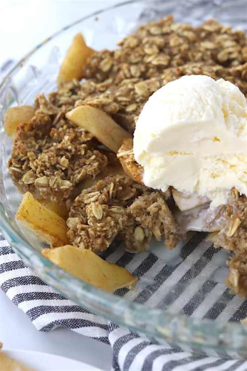 low sugar oatmeal apple crisp 3