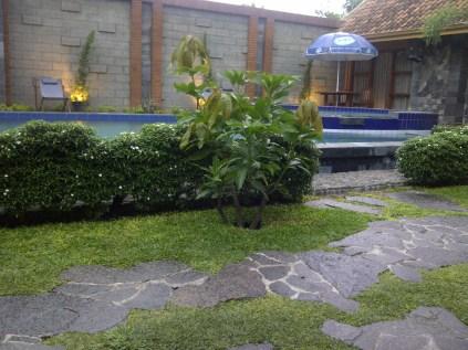 hotel rumput