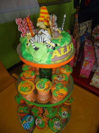 menara cupcake