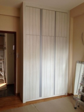 Cupboards in the guest bedroom