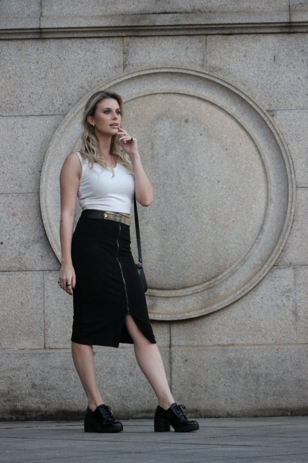 Look SPFW Mel Campo Saila preto e cropped branco (5)