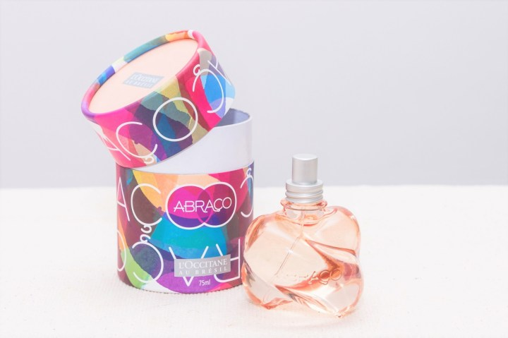 perfume-lancamento-natal-abraco-da-loccitane-au-bresil-5