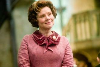 Imelda Staunton será a rainha de The Crown