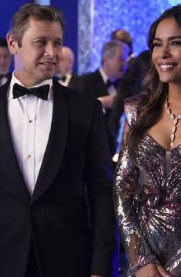 Critica:3ª temporada de Dynasty começa com os Carringtons lidando com as consequências