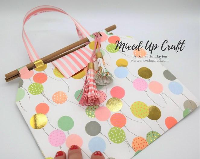 Multi-Loop Gift Bag