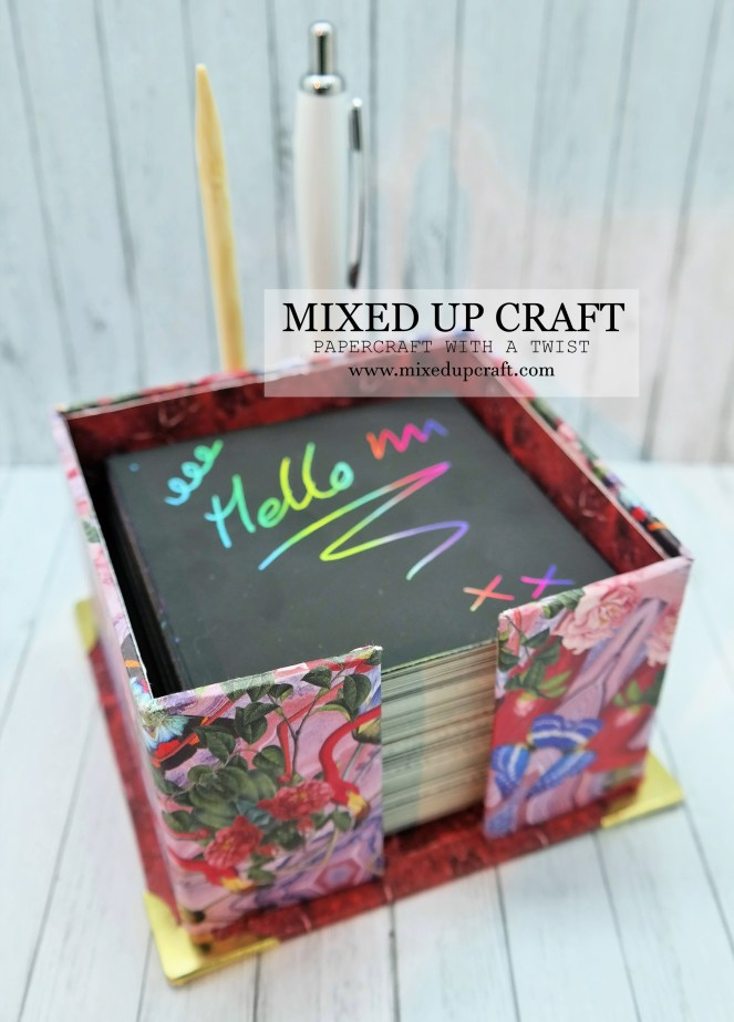 Pretty Desk Memo Pad Holder