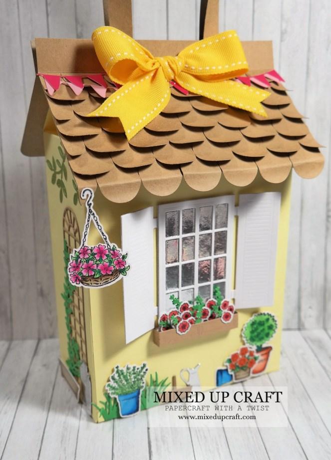 Pretty Summer Cottage Gift Bag