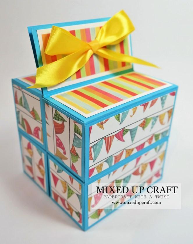 Roll-Up Treat Box
