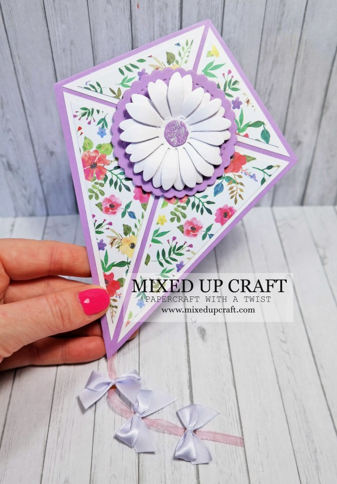Fun Kite Fold Cards & Gift Card Holder!