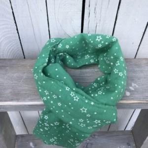 Zeegroene sjaal met sterren