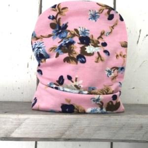 Roze mutsje met bloemen voor meisjes
