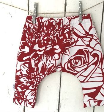 Harembroekje met Rood/wit bloemenprint