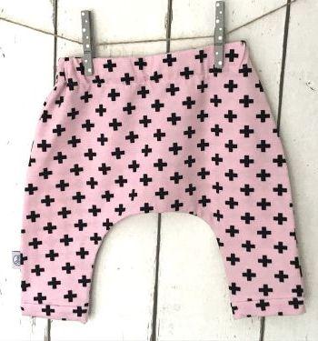 Roze harembroekje