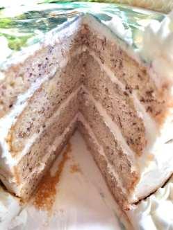 BANANA CAKE CUT