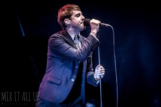 Kaiser Chiefs live at Victorious Festival 2018