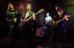 The Daytonas live at Hot Vox Isle of Wight New Blood Competition, Quarter Finals - 14/03/2019   Mix It All Up
