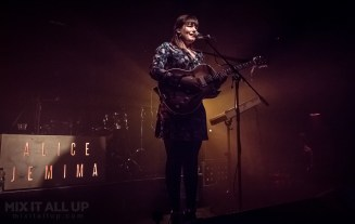 Alice Jemima supporting The Slow Readers Club live @ Wedgewood Rooms, Portsmouth - 30/03/19 | Mix It All Up
