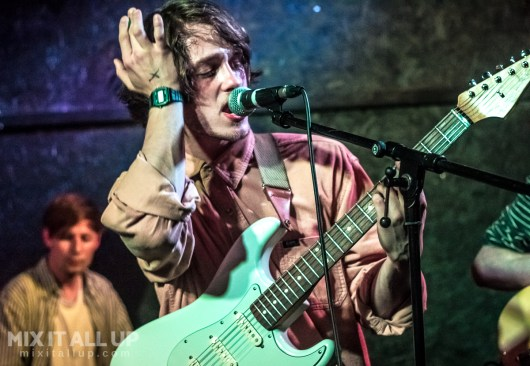 Sarpa Salpa supporting Pioneers live at the Edge of the Wedge, Portsmouth - 09/05/19