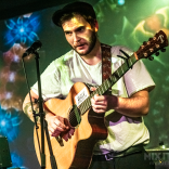 Tom Bryan supporting The Howlers live at Portsmouth Guildhall Studio - 24/10/19