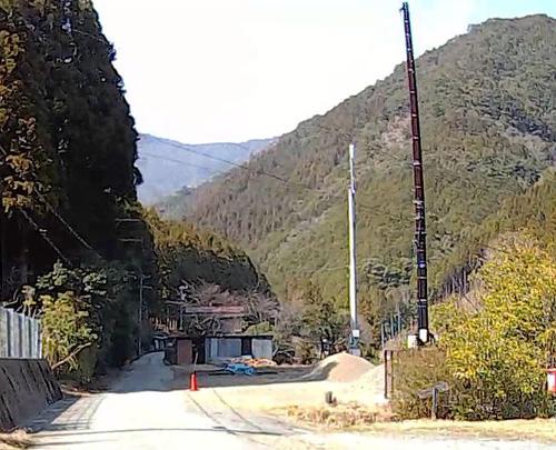 桧原谷の携帯アンテナ