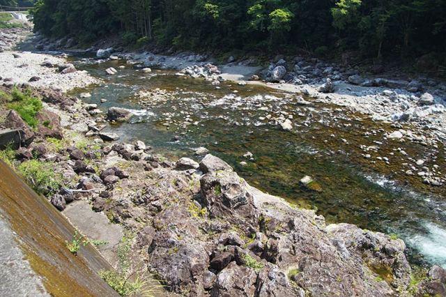 大熊谷出合上流付近の川の様子
