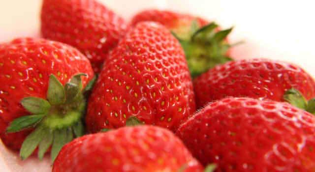 いちごのカロリーは一粒・1パックでいくら?糖質の量や栄養の効果について!
