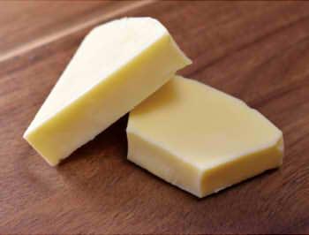 【種類別】チーズのカロリー・糖質は100gでいくら?ダイエット向きの低い種類はどれ?