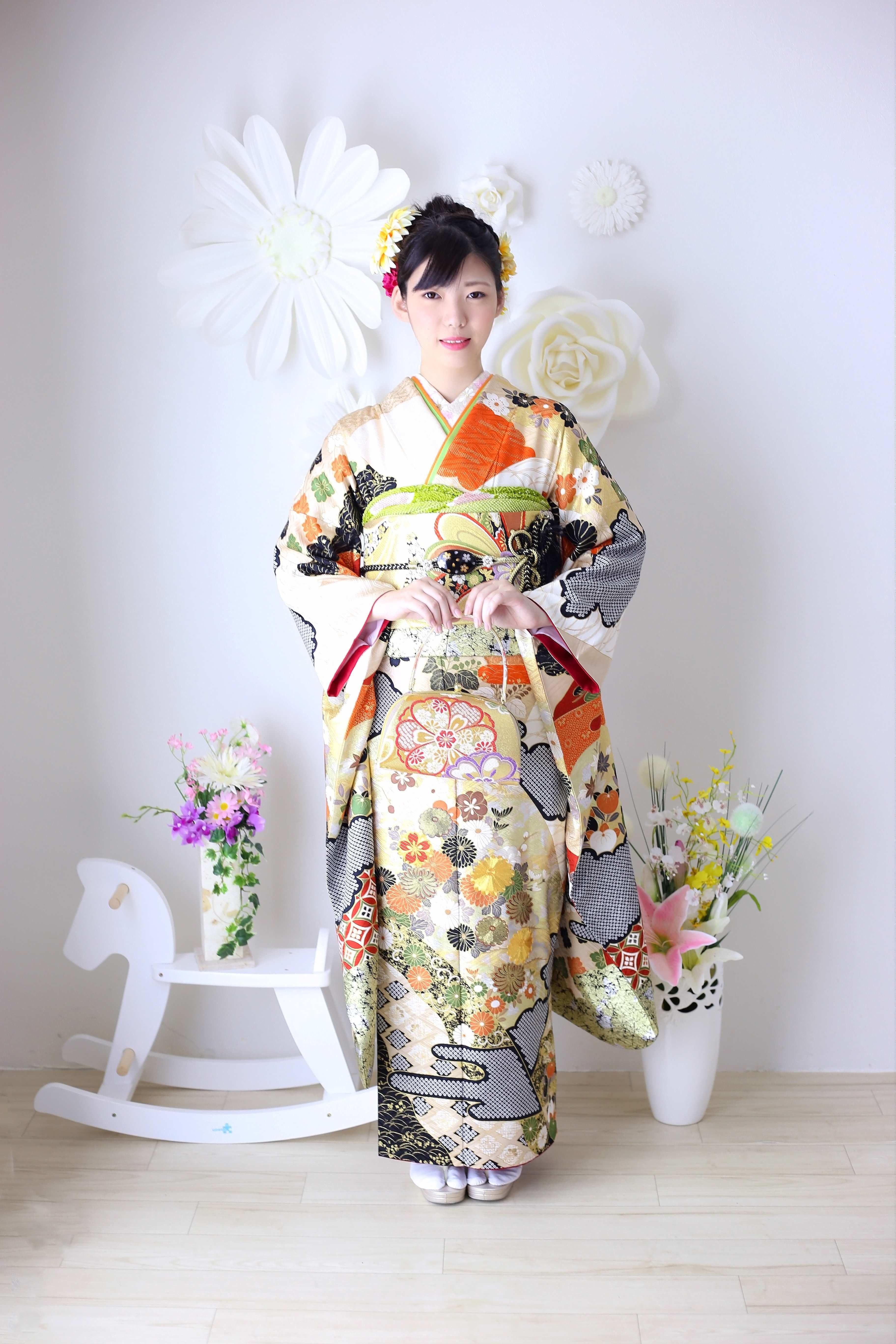 振袖、卒業式袴のMIYAMA小田原、秦野