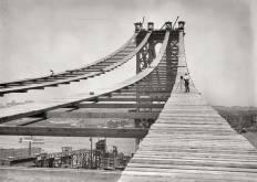 Construcción del puente de Manhattan en 1908
