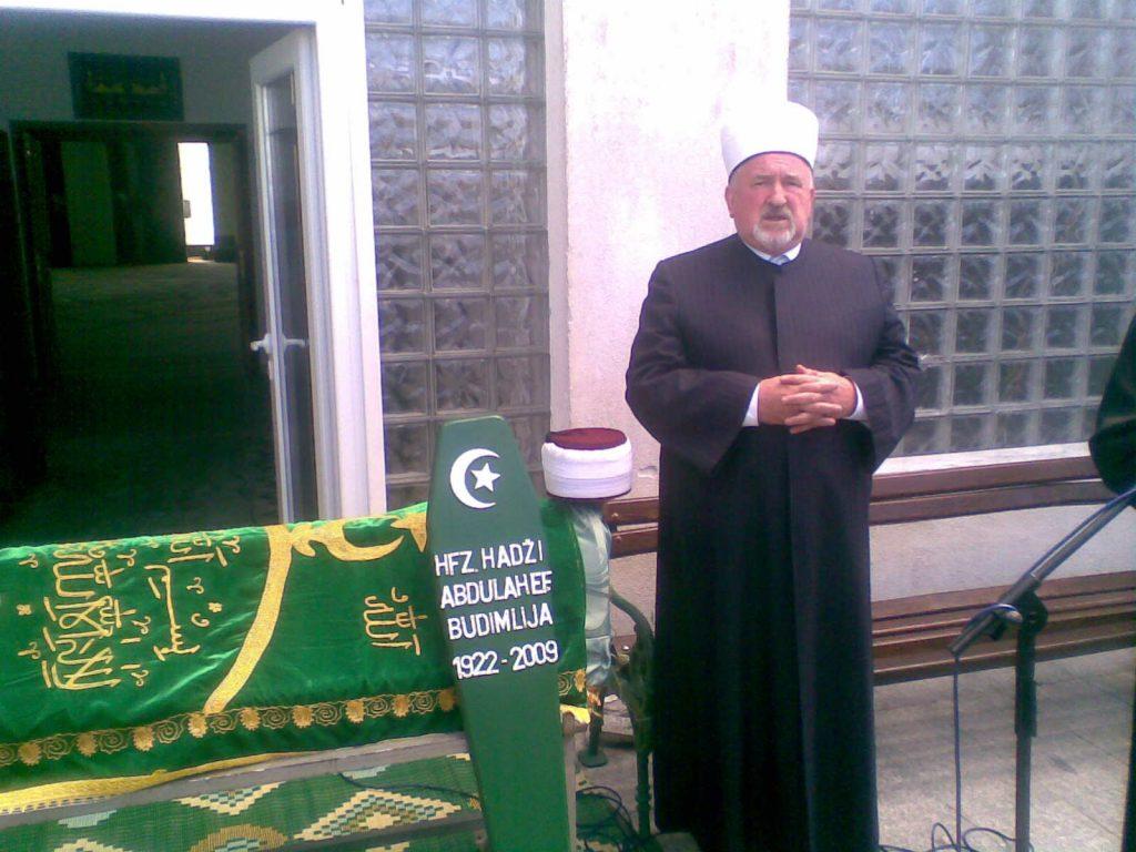 Klanjana dženaza hafizu Abdulah ef. Budimliji