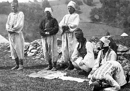 I kad neki od njih ne bi htjeli, Bošnjaci su po vjeri – muslimani