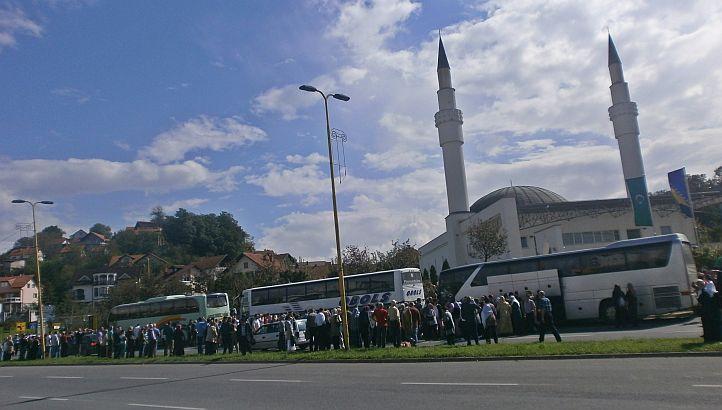 Hadžije sa područja Muftijstva tuzlanskog ispraćeni put Meke i Medine