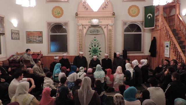 Proučen Mevlud u Hajrija džamiji u Džematu Srednja Trnova – FOTO