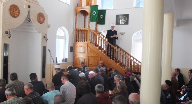Hutba muftije Fazlovića u Srebrenici: Čuvajući domovinu čuvamo rodnu grudu i dom
