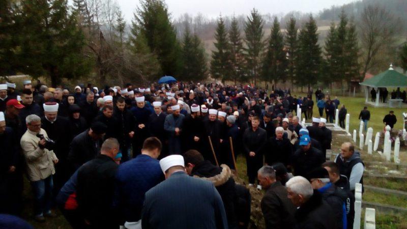 U Avdibašićima klanjana dženaza i obavljen ukop Alan ef. Hrustića