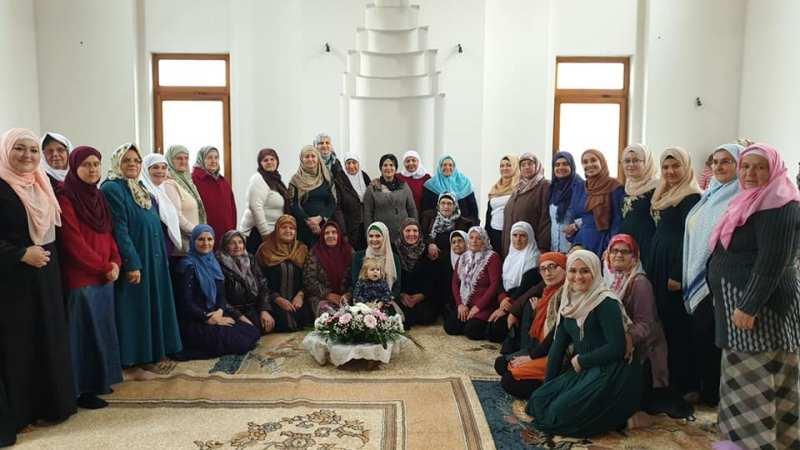 Mevlud za žene u Janjica džamija u Bijeljina (FOTO)