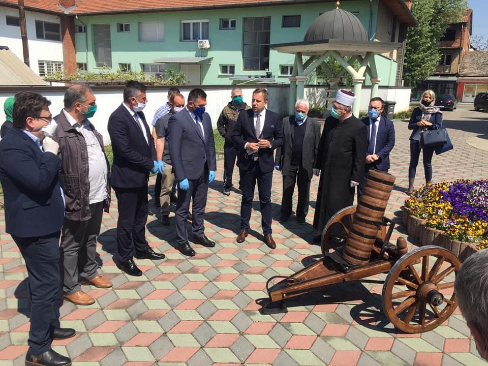Janja je danas dobila ramazanski top – Poklon Grada Sarajeva